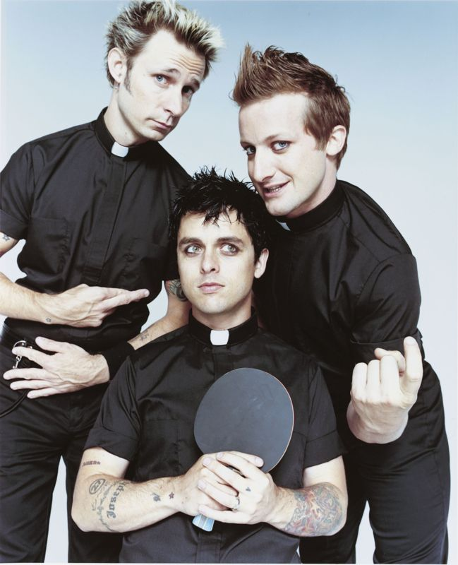 http://www.thealmightyguru.com/Music/Other/GreenDay/GreenDay.jpg
