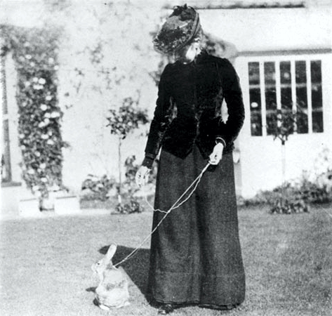 File:Beatrix Potter - Unknown - With Benjamin Bunny.jpg